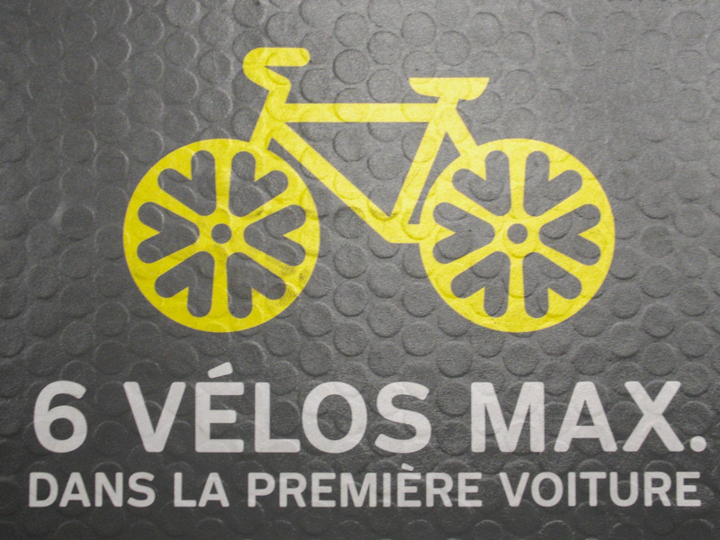 Metro cycle sign