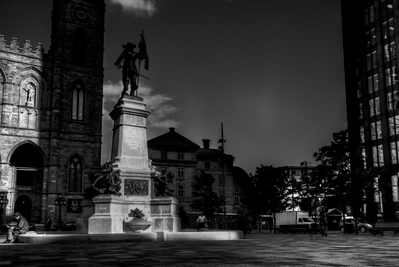 Maisonneuve Monument at Place d'Armes