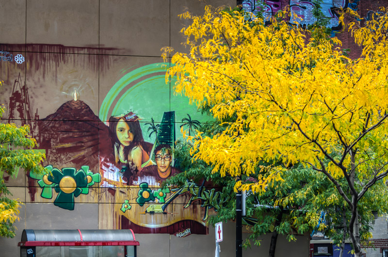 Mural on blvd René-Lévesque