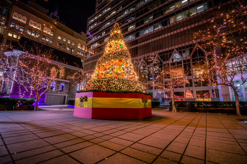 Christmas tree at the KPMG tower