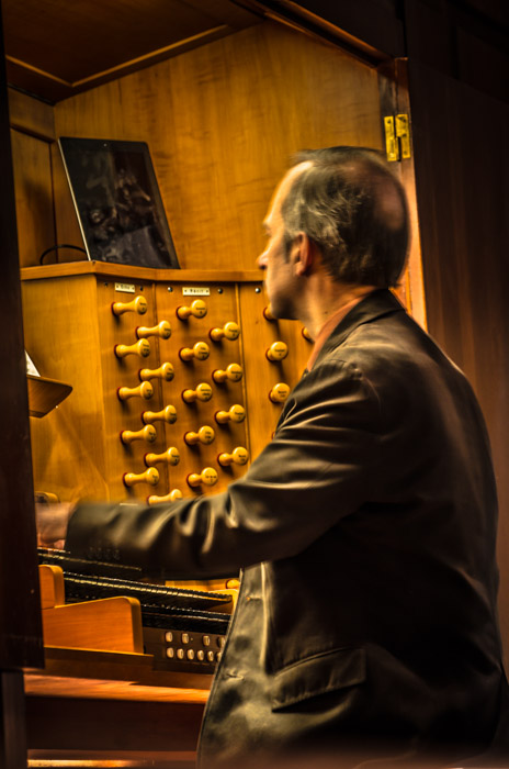 Organist playing the Beckerath organ at Saint Joseph Oratory