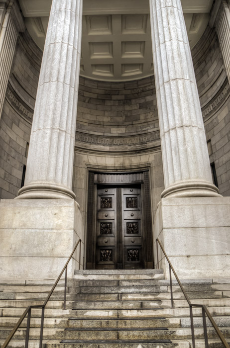 Entrance to Court of Appeal of Montréal