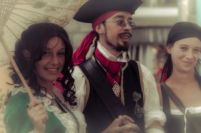 Pirates get all the pretty girls