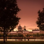 Sunset under the lamp at Bonsecours Basin