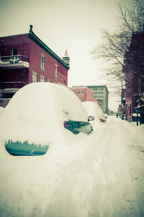 Buried cars on avenue Duluth