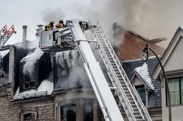 how to become a firefighter in montreal