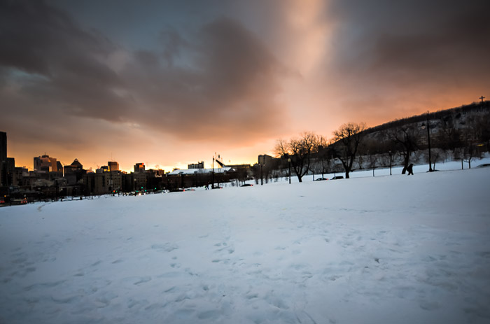 Sunset on parc Jeanne Mance