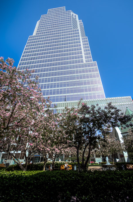 Raoul Wallenberg square and KPMG tower