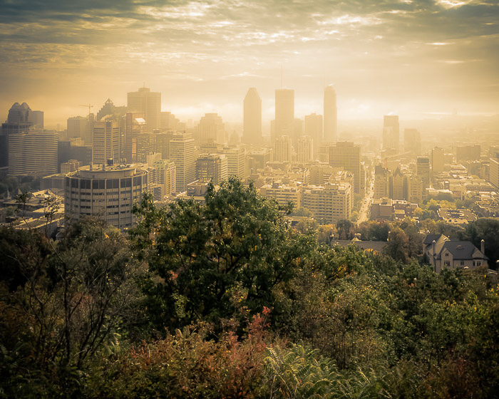 10 Montreal Autumn photo locations - #1 Kondiaronk Lookout
